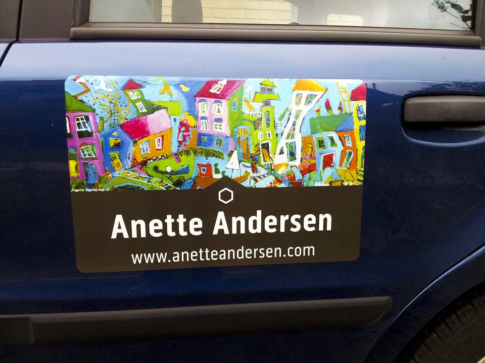 Anette Andersen bil med skæve huse