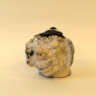 E24 900 kr. raku keramik